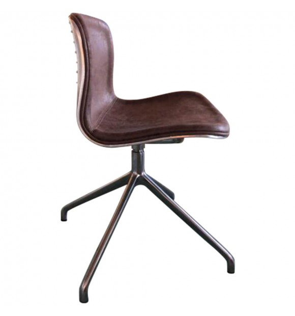 Chaise design aviateur marron vintage